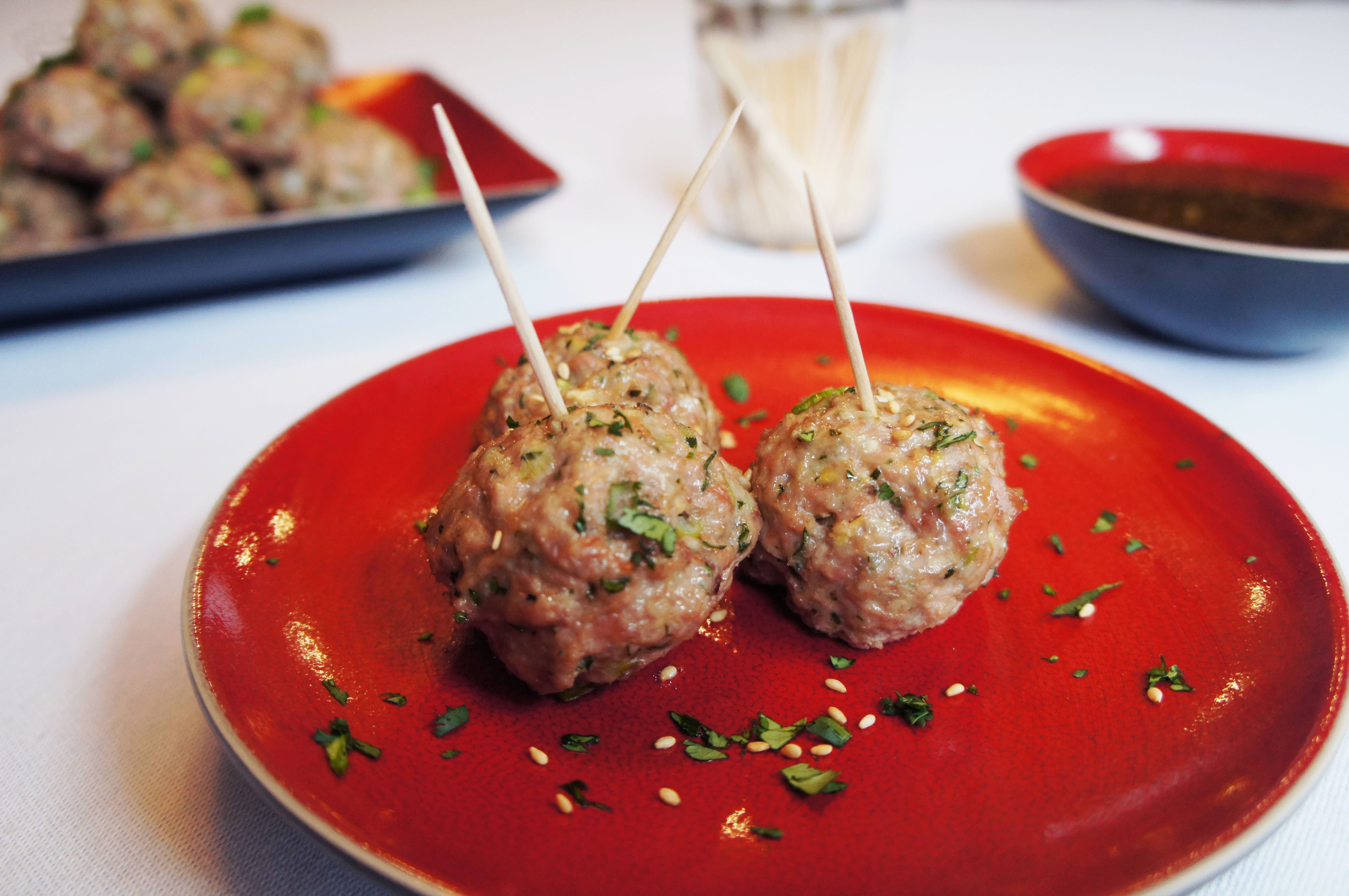 Asian Inspired Meatballs With Ginger Lime Dipping Sauce ...